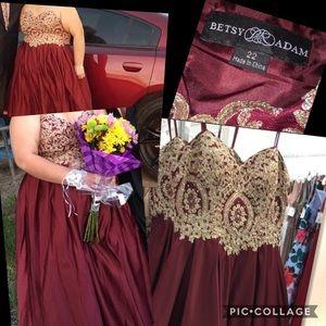 Prom dress 👗💕😊